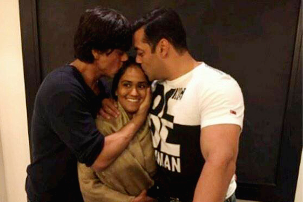 Arpita Khan Info-Details-Marriage-Wedding-Stills-Videos-Salman Khan-Onlookers Media