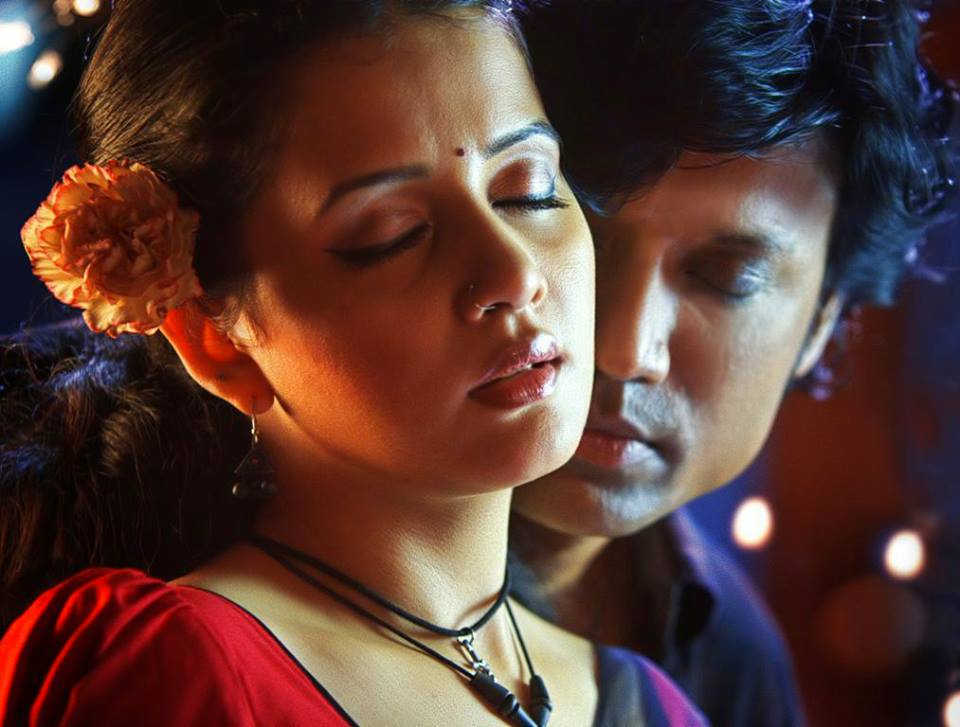 Savithri in Isai movie-stills-images-SJ Surya-Onlookers Media