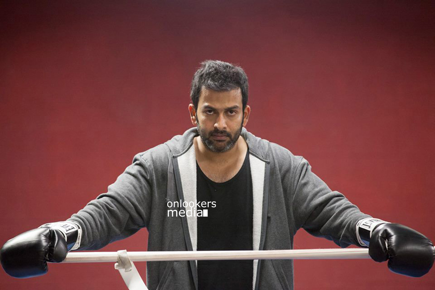 Ivide Movie Stills-Images-Photos-Prithviraj-Nivin Pauly-Bhavana-Syama Prasad-Malayalam Movie 2015-Onlookers Media