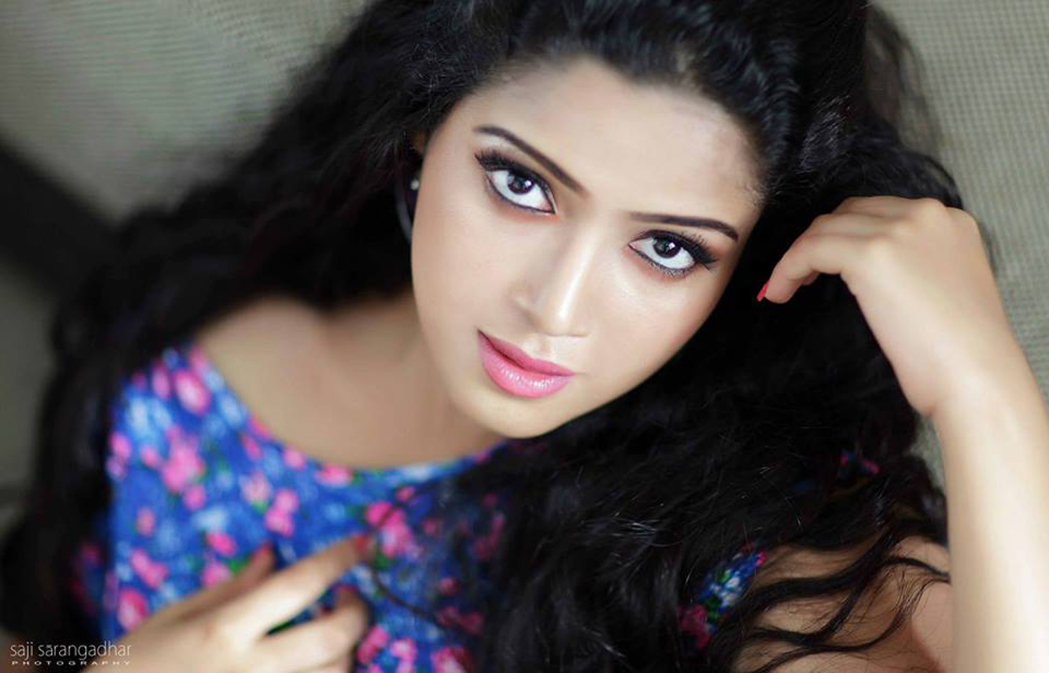 Abhirami Suresh Stills-Images-Photos-Malayalam Actress-Onlookers Media