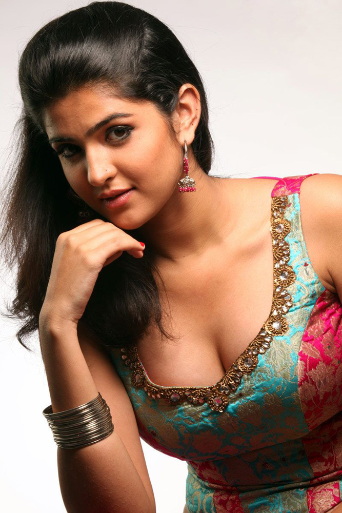 Hindi hot girls photos