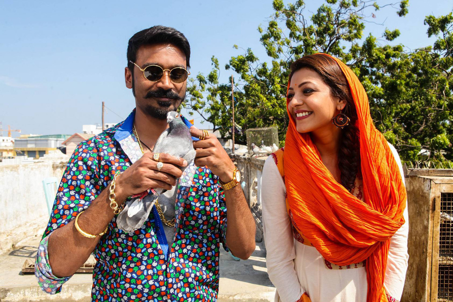 Maari Tamil Movie Stills-Images-Dhanush-Kajal Aggarwal-Onlookers Media