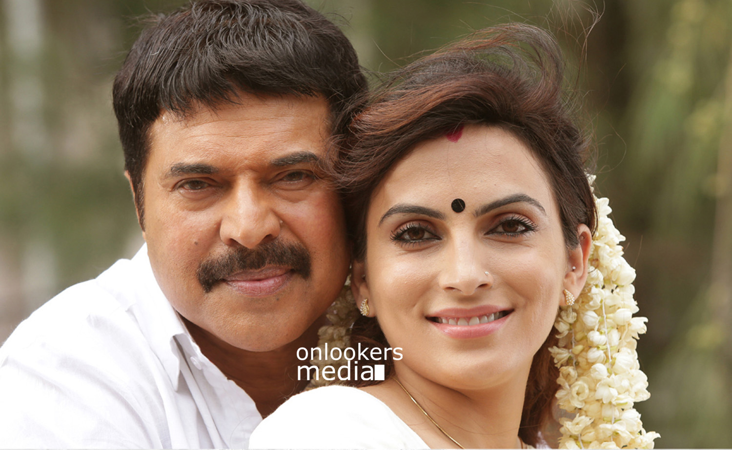 Mammootty in Acha Dhin-Stills-Images-Photos-Malayalam Movie 2015-Onlookers Media