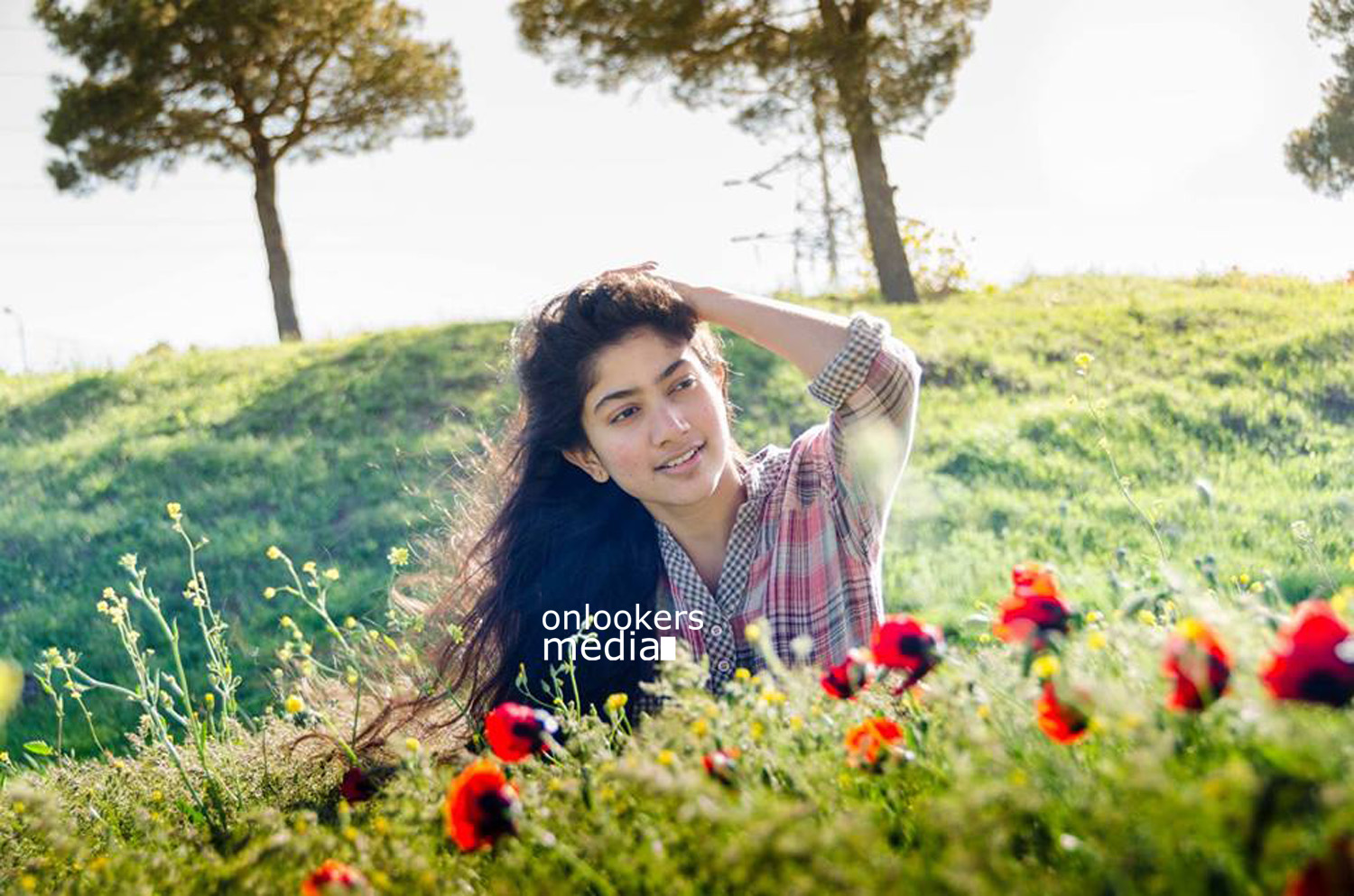 Sai Pallavi in Premam-Malar-Nivin Pauly-Premam Actress-Onlookers Media