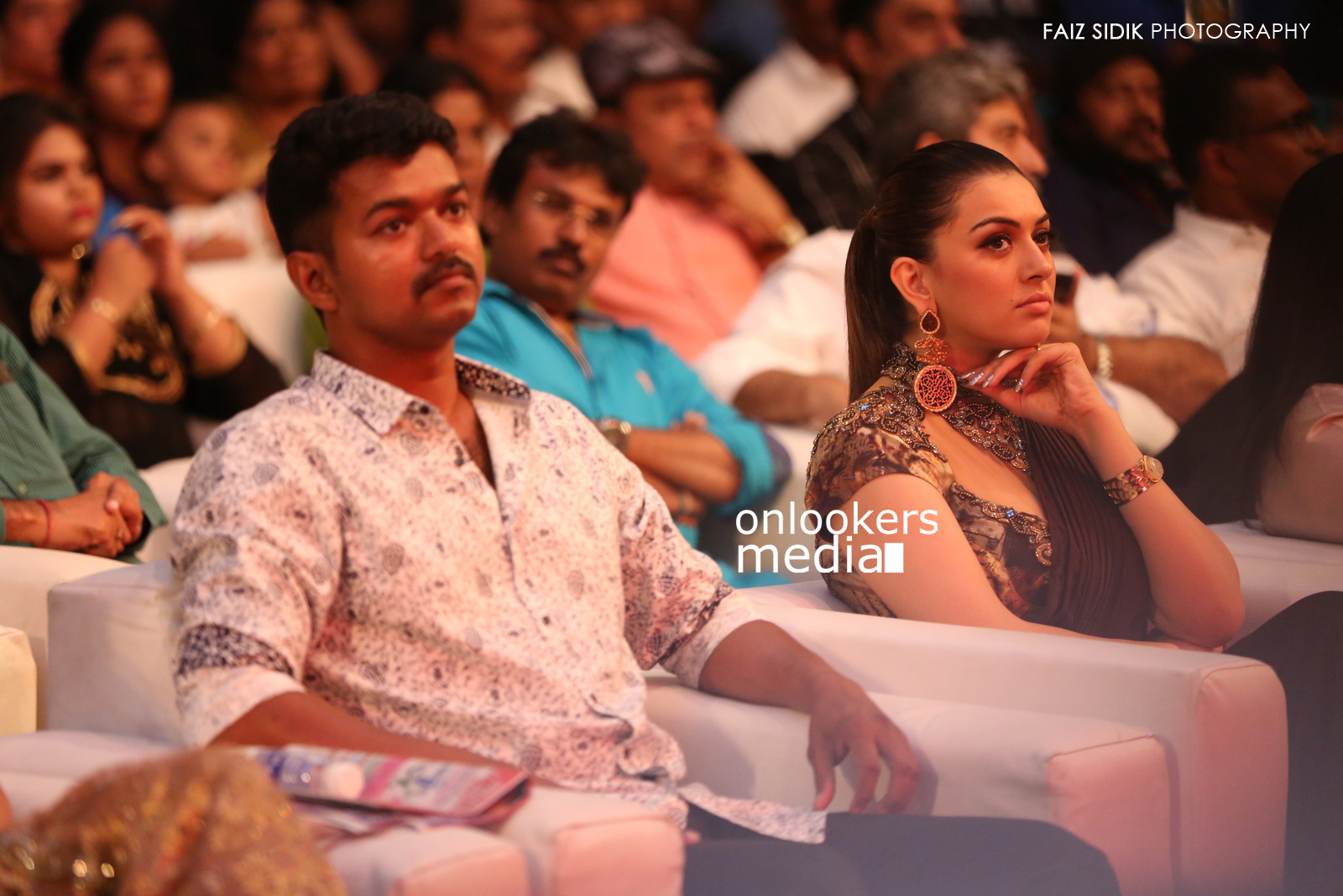 Puli Audio Launch Stills-Photos-Vijay-Shruthi Haasan-Hansika