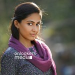 Aparna Vinod in Kohinoor Malayalam Movie-Stills-Photos (1)