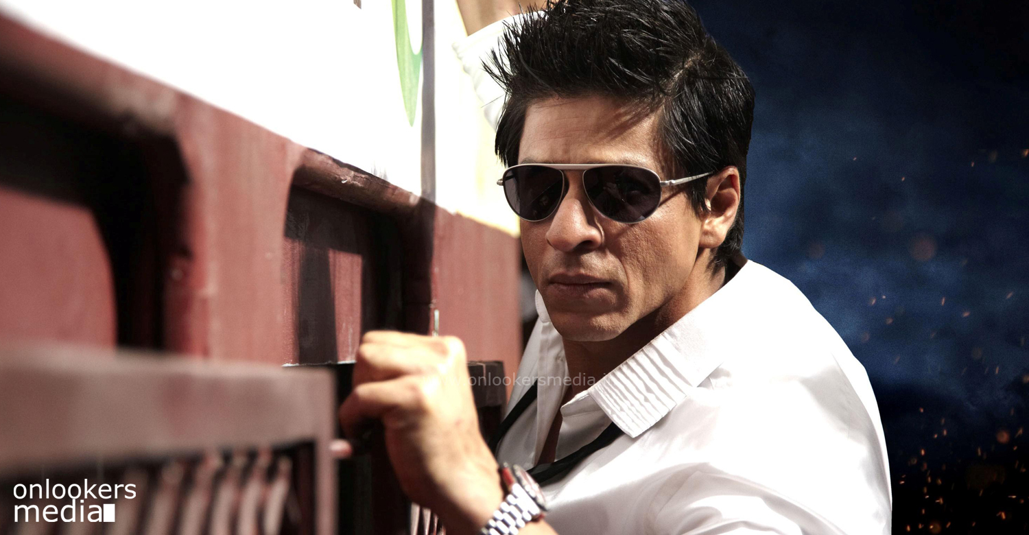 Shah Rukh Khan advises fans to behave and stop abusing