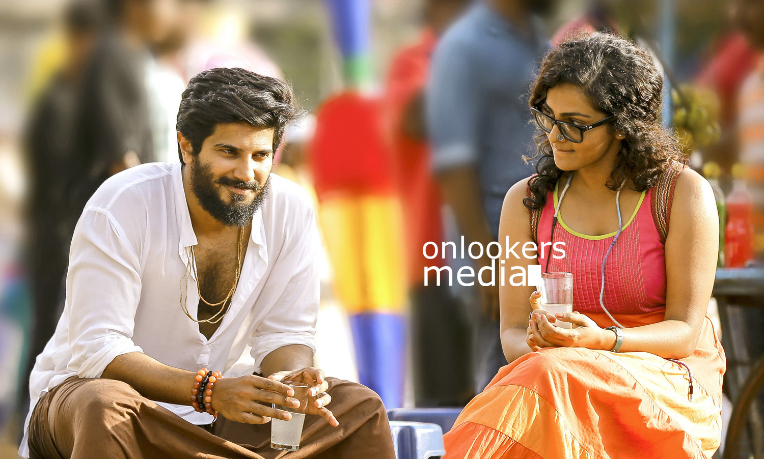 Charlie Stills, Charlie malayalam movie stills, dulquer in Charlie, parvathy in Charlie, Charlie movie photos, stylish dulquer, stylish parvathy photos,