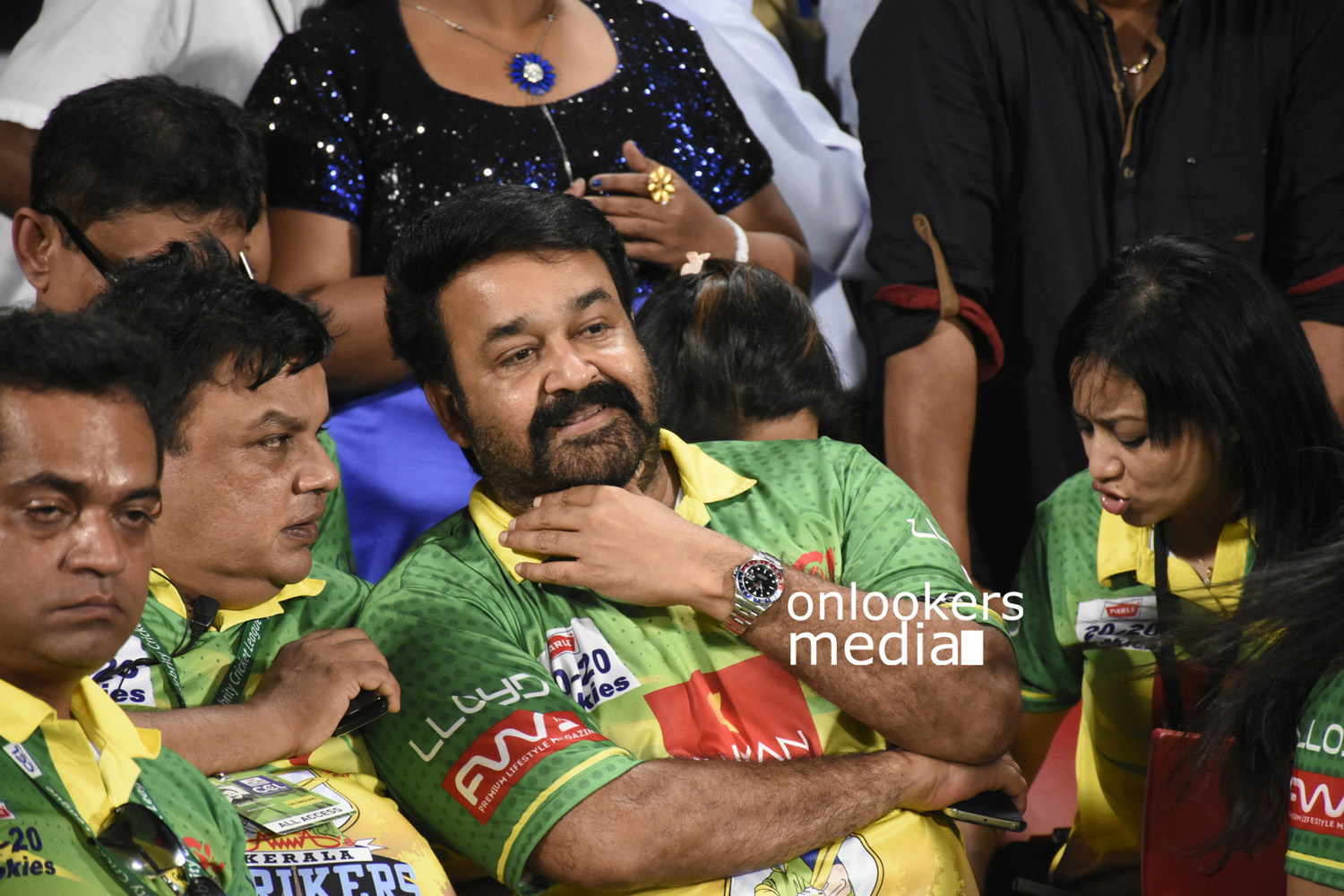 CCL 6 stills, Kerala Strikers vs Karnataka Bulldozers Stills, mohanlal ccl, vinu mohan wife vidhya mohan, vimala raman latest photos,