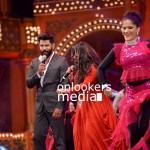 Vikram at Asianet Film Awards 2016, Asianet Film Awards 2016 photos, vikram new look, vikram asianet awards, vikram in iru mugan, iru mugan stills, vikram beard