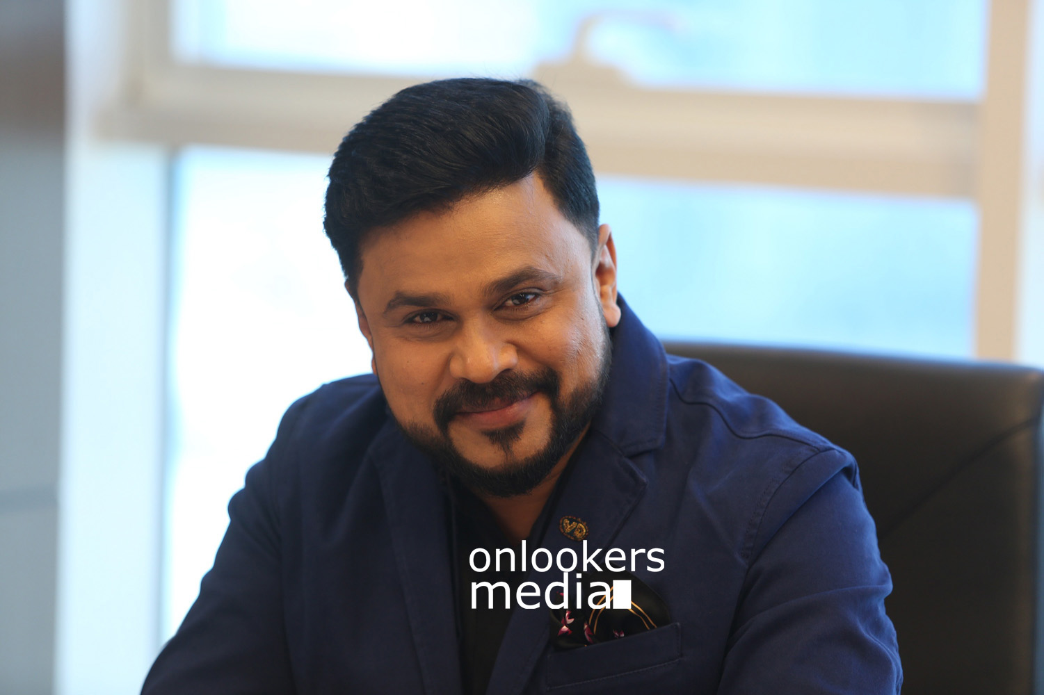 King Liar Stills, dileep in King Liar, siddique lal, madonna in King Liar, King Liar malayalam movie, King Liar movie stills, malayalam movie 2016, dileep stylish look,