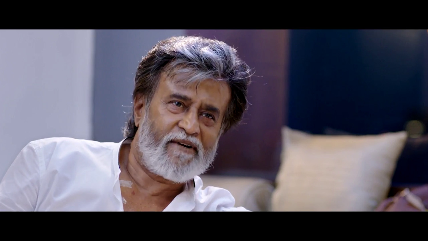 Kabali, Kabali stills, rajinikanth in Kabali, Kabali rajinikanth look hair style, rajinikanth old look, Kabali movie official trailer teaser,