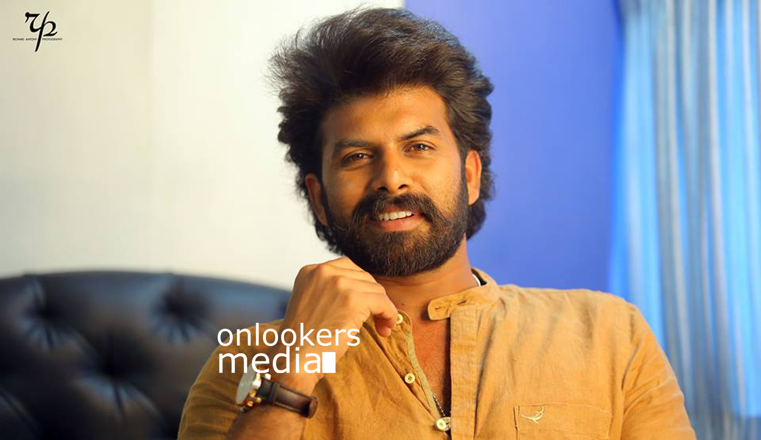 Sunny Wayne, Vadaka Gunda, Midhun Manuel Thomas, aadu oru beekarajeeviyanu director, sunny wayne midhun manual movie, sunny wayn next movie