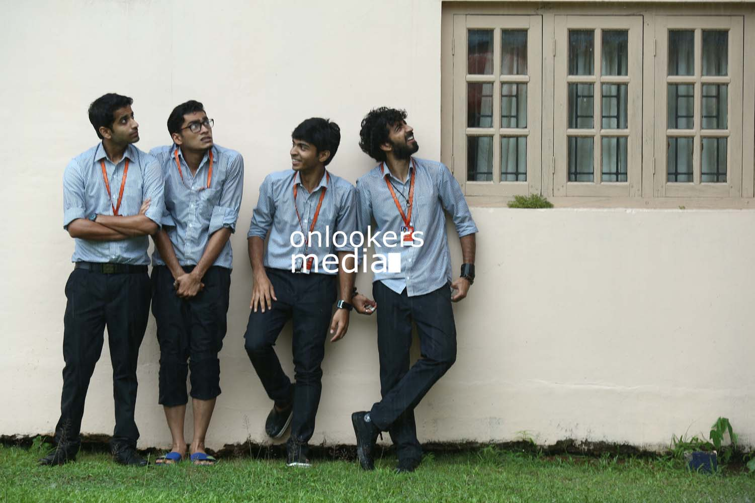 http://onlookersmedia.in/wp-content/uploads/2016/10/Aanandam-Stills-Photos-4.jpg