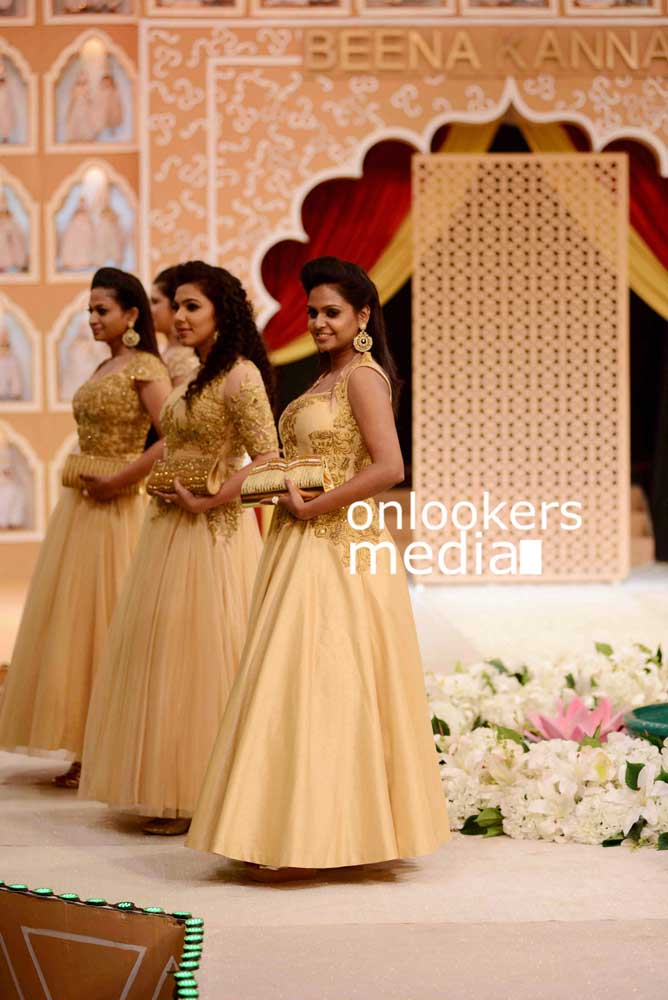 http://onlookersmedia.in/wp-content/uploads/2016/10/Beena-Kannan-Bridal-Show-2016-Stills-Photos-9.jpg