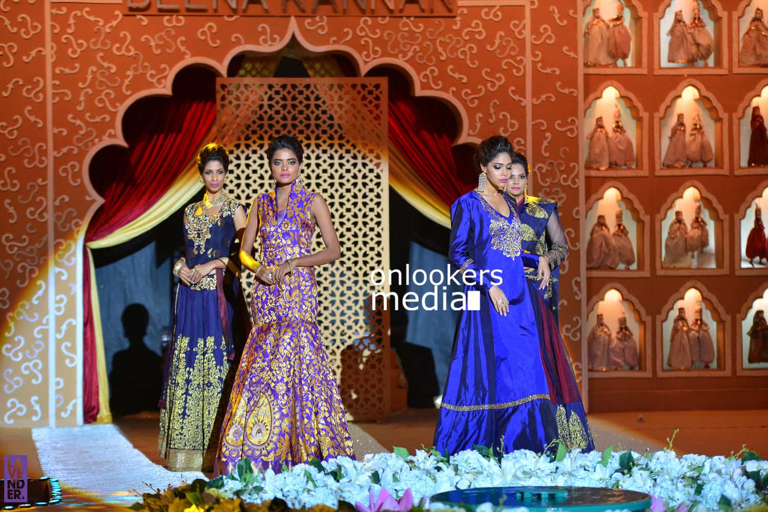 http://onlookersmedia.in/wp-content/uploads/2016/10/Beena-Kannan-Bridal-Show-2016-Stills-Photos-Seematti-126.jpg