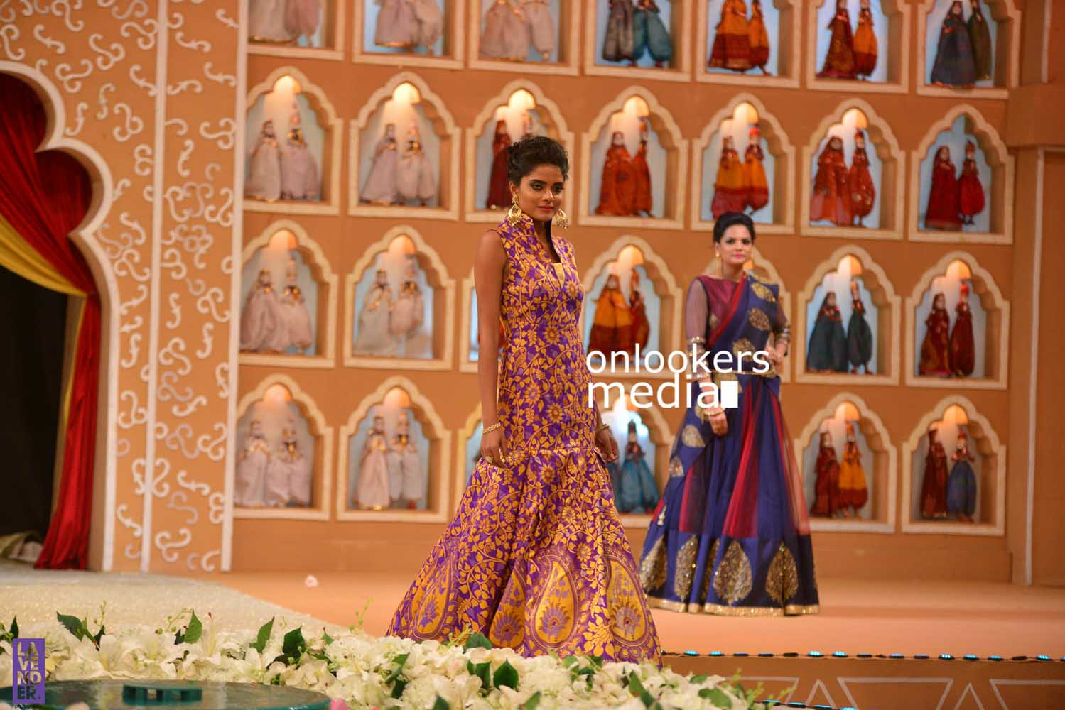 http://onlookersmedia.in/wp-content/uploads/2016/10/Beena-Kannan-Bridal-Show-2016-Stills-Photos-Seematti-129.jpg