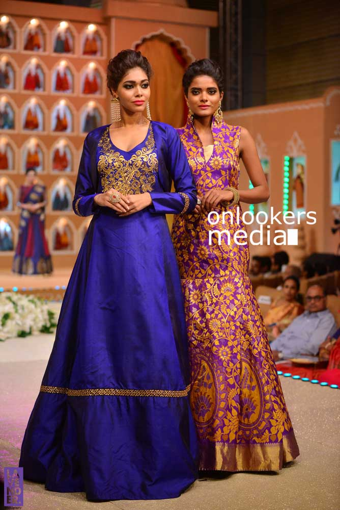 http://onlookersmedia.in/wp-content/uploads/2016/10/Beena-Kannan-Bridal-Show-2016-Stills-Photos-Seematti-136.jpg