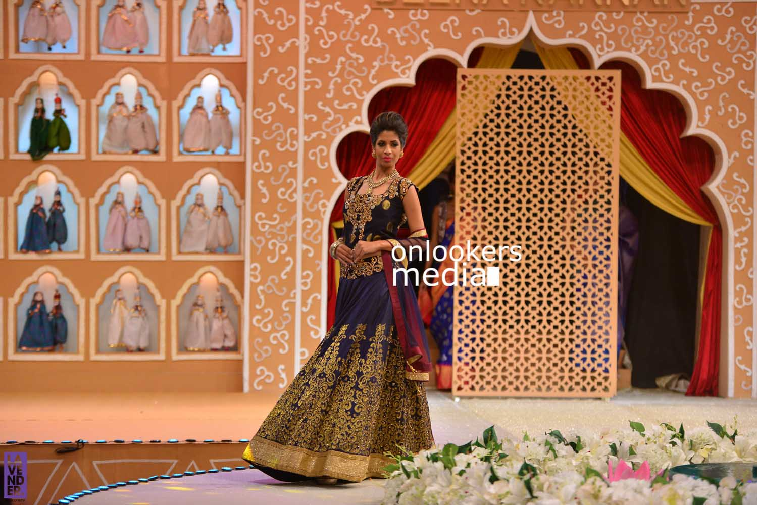 http://onlookersmedia.in/wp-content/uploads/2016/10/Beena-Kannan-Bridal-Show-2016-Stills-Photos-Seematti-142.jpg