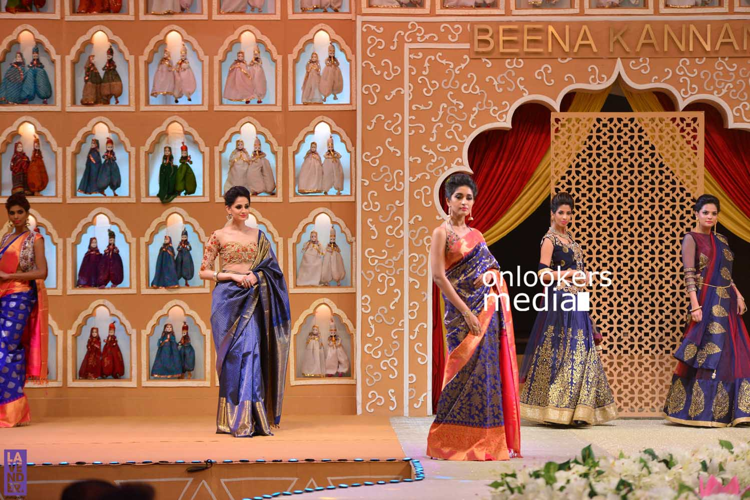http://onlookersmedia.in/wp-content/uploads/2016/10/Beena-Kannan-Bridal-Show-2016-Stills-Photos-Seematti-147.jpg