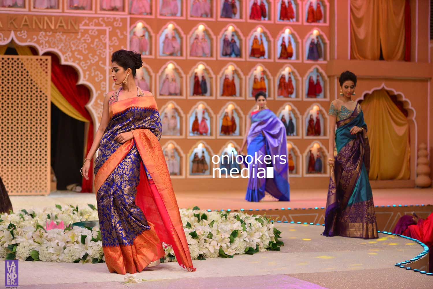 http://onlookersmedia.in/wp-content/uploads/2016/10/Beena-Kannan-Bridal-Show-2016-Stills-Photos-Seematti-156.jpg