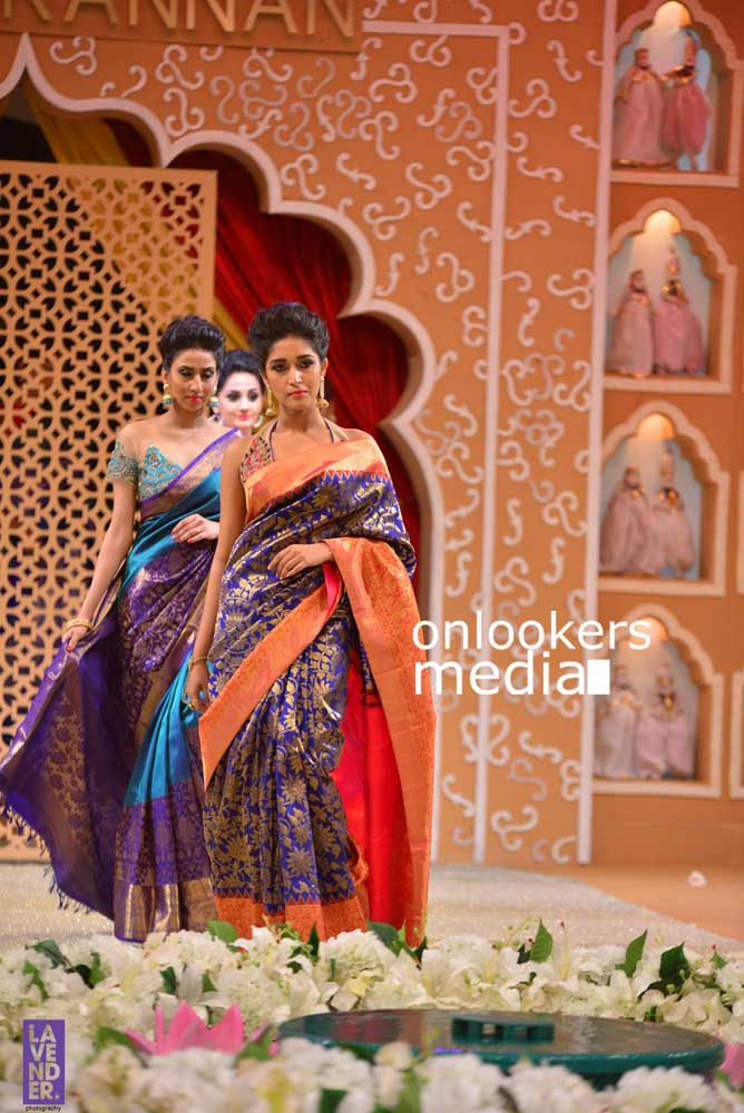 http://onlookersmedia.in/wp-content/uploads/2016/10/Beena-Kannan-Bridal-Show-2016-Stills-Photos-Seematti-174.jpg