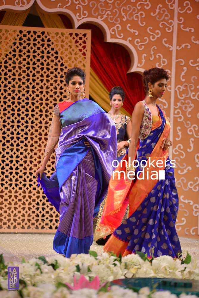http://onlookersmedia.in/wp-content/uploads/2016/10/Beena-Kannan-Bridal-Show-2016-Stills-Photos-Seematti-175.jpg