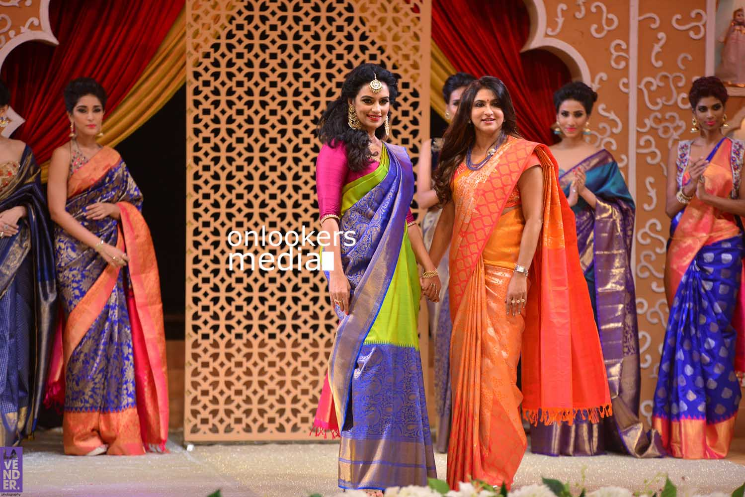 http://onlookersmedia.in/wp-content/uploads/2016/10/Beena-Kannan-Bridal-Show-2016-Stills-Photos-Seematti-189.jpg