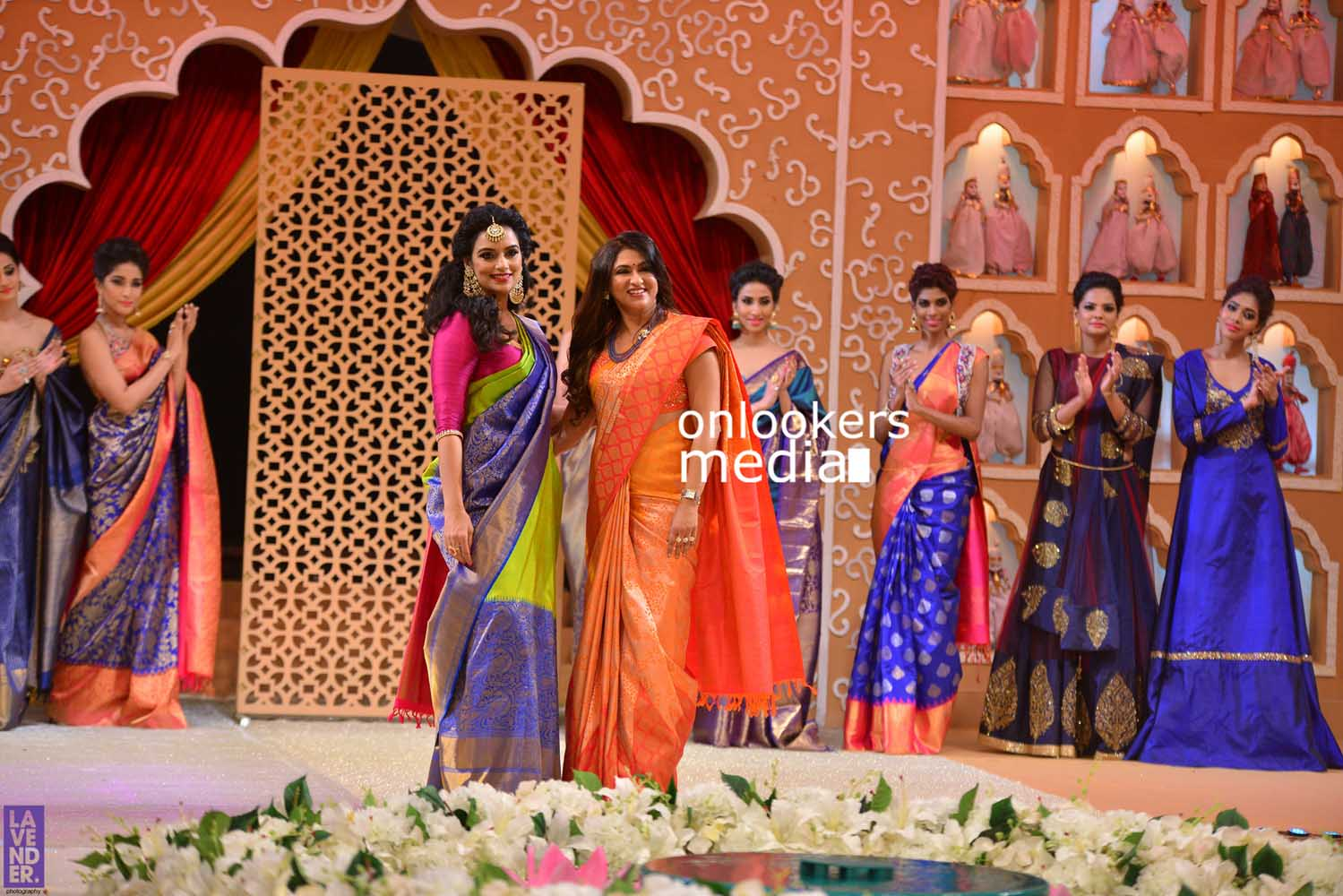 http://onlookersmedia.in/wp-content/uploads/2016/10/Beena-Kannan-Bridal-Show-2016-Stills-Photos-Seematti-197.jpg