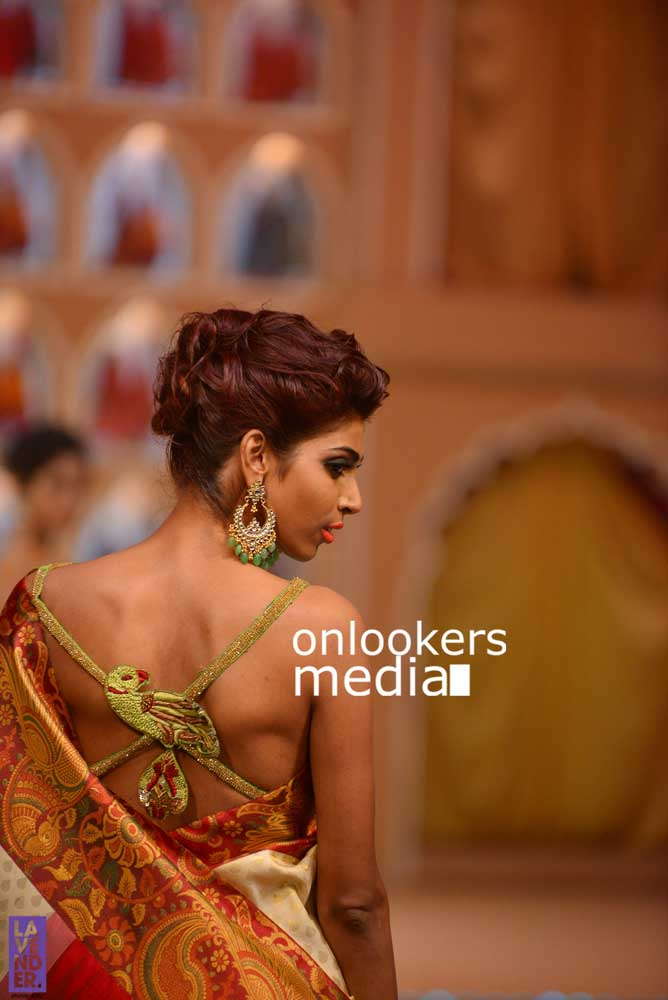 http://onlookersmedia.in/wp-content/uploads/2016/10/Beena-Kannan-Bridal-Show-2016-Stills-Photos-Seematti-216.jpg