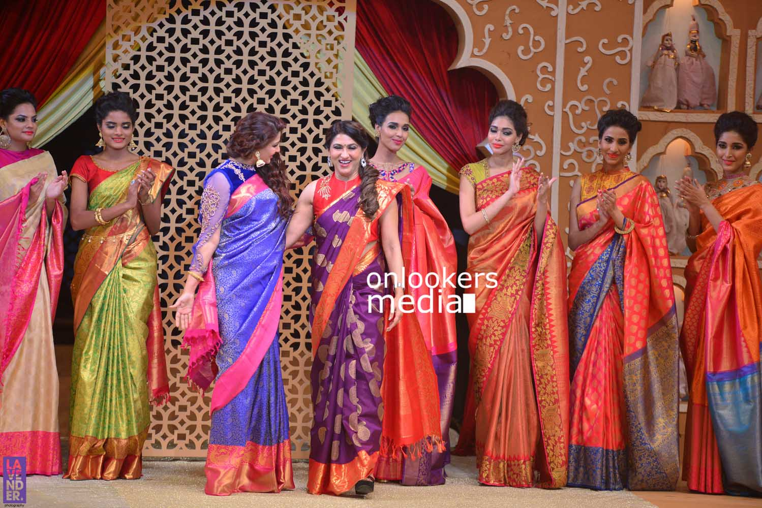 http://onlookersmedia.in/wp-content/uploads/2016/10/Beena-Kannan-Bridal-Show-2016-Stills-Photos-Seematti-235.jpg