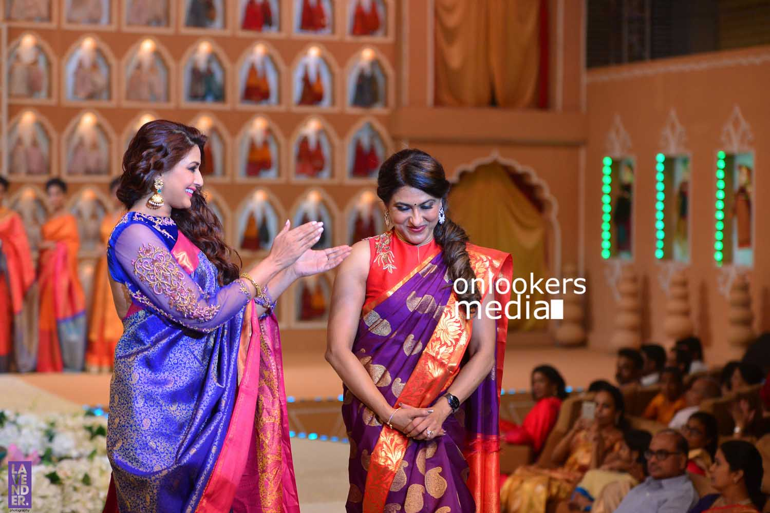 http://onlookersmedia.in/wp-content/uploads/2016/10/Beena-Kannan-Bridal-Show-2016-Stills-Photos-Seematti-239.jpg