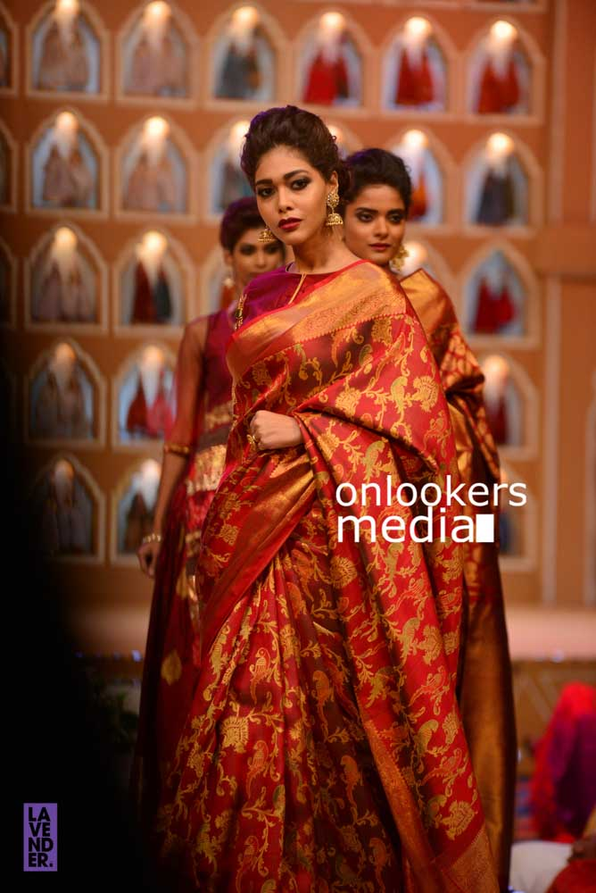 http://onlookersmedia.in/wp-content/uploads/2016/10/Beena-Kannan-Bridal-Show-2016-Stills-Photos-Seematti-34.jpg