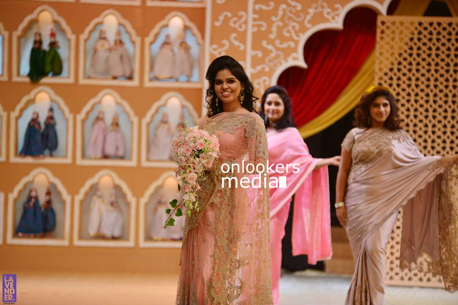 http://onlookersmedia.in/wp-content/uploads/2016/10/Beena-Kannan-Bridal-Show-2016-Stills-Photos-Seematti-42.jpg