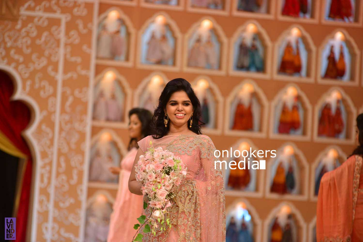 http://onlookersmedia.in/wp-content/uploads/2016/10/Beena-Kannan-Bridal-Show-2016-Stills-Photos-Seematti-43.jpg