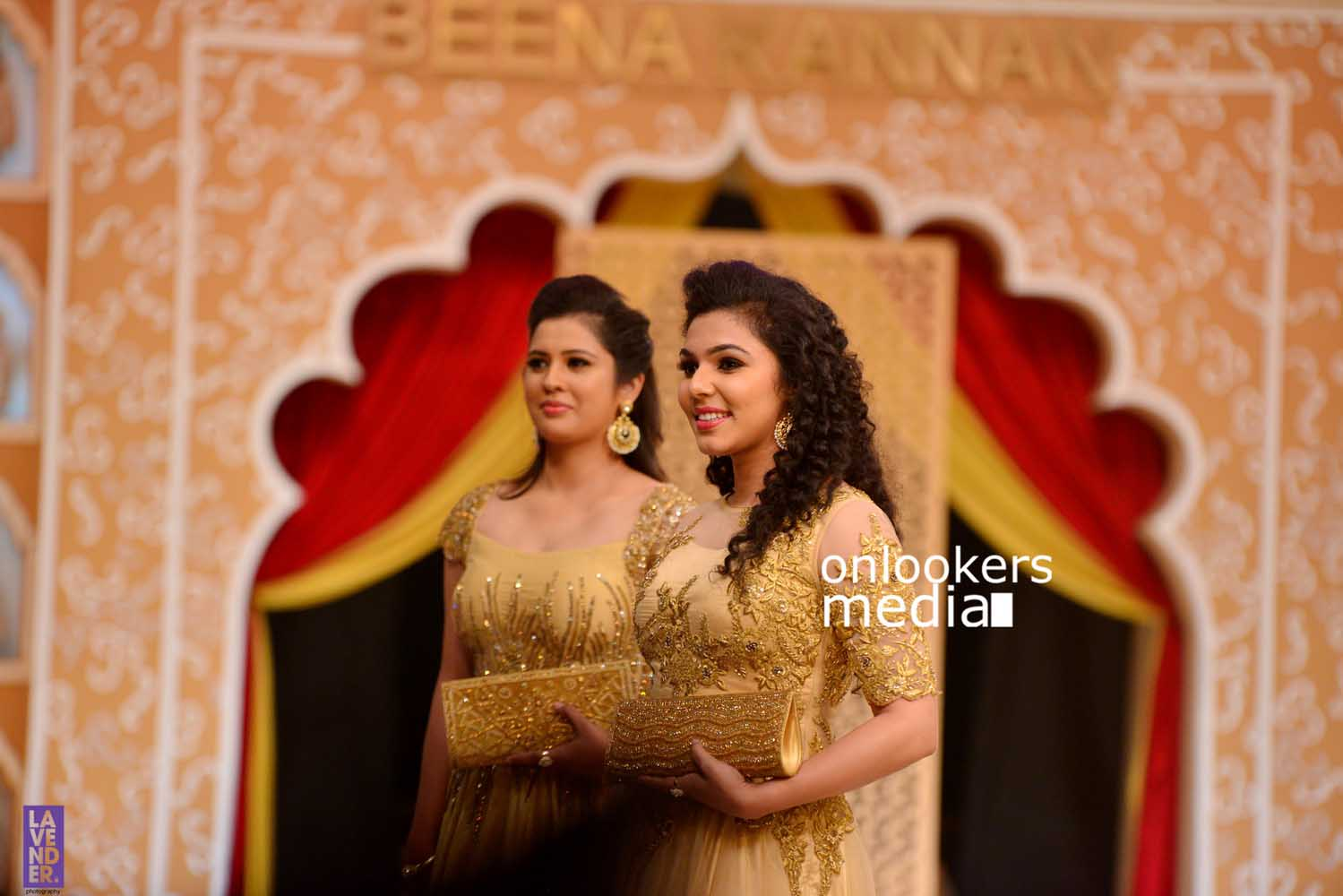 http://onlookersmedia.in/wp-content/uploads/2016/10/Beena-Kannan-Bridal-Show-2016-Stills-Photos-Seematti-55.jpg