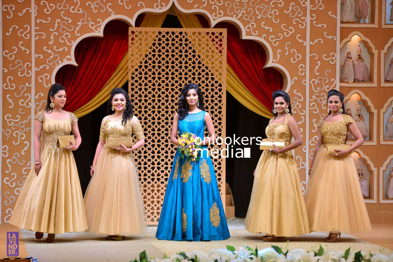 http://onlookersmedia.in/wp-content/uploads/2016/10/Beena-Kannan-Bridal-Show-2016-Stills-Photos-Seematti-57.jpg