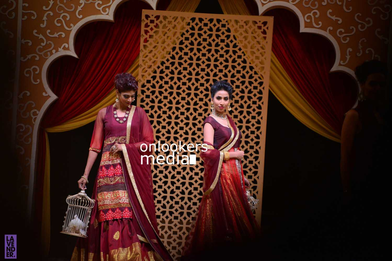 http://onlookersmedia.in/wp-content/uploads/2016/10/Beena-Kannan-Bridal-Show-2016-Stills-Photos-Seematti-7.jpg
