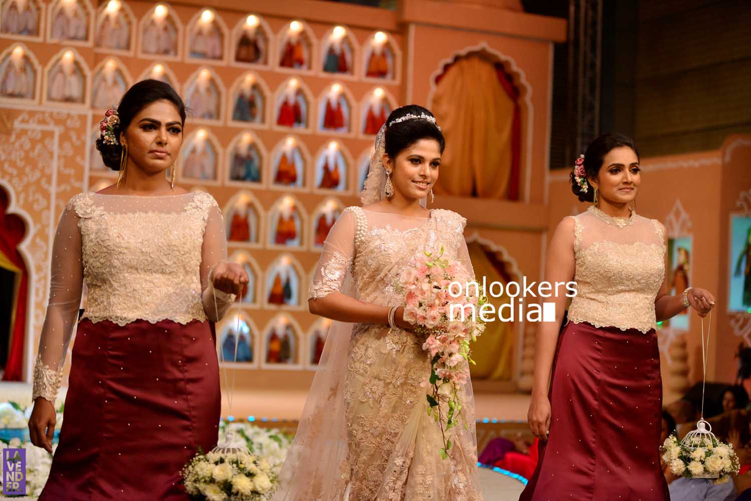 http://onlookersmedia.in/wp-content/uploads/2016/10/Beena-Kannan-Bridal-Show-2016-Stills-Photos-Seematti-81.jpg