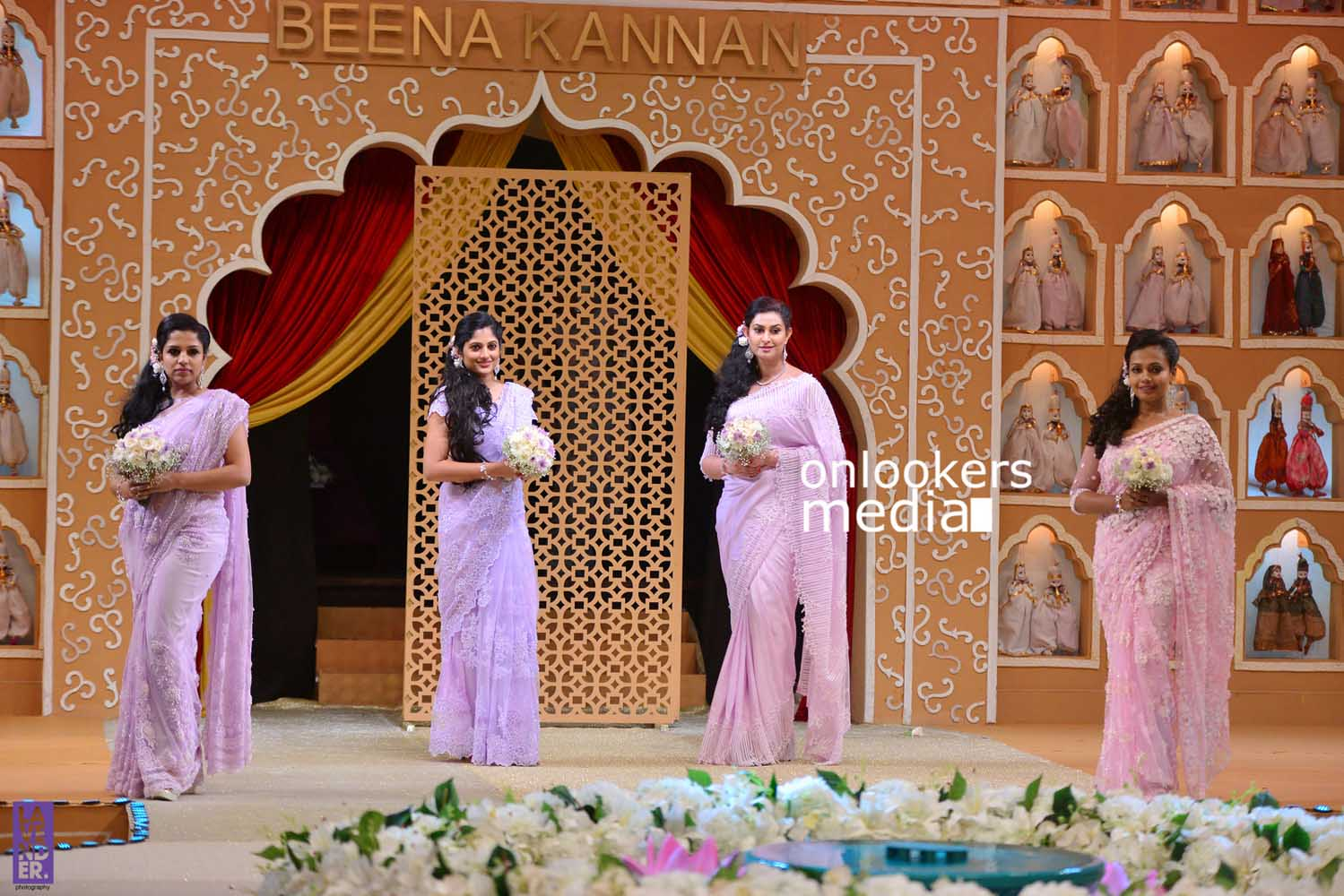 http://onlookersmedia.in/wp-content/uploads/2016/10/Beena-Kannan-Bridal-Show-2016-Stills-Photos-Seematti-90.jpg
