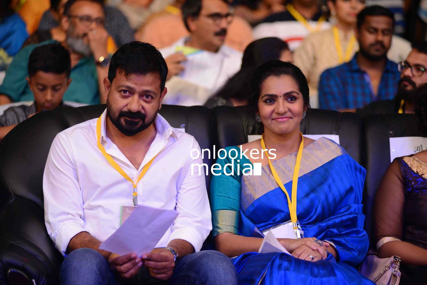 http://onlookersmedia.in/wp-content/uploads/2016/10/Kerala-State-Film-Awards-2015-stills-Photos-29.jpg
