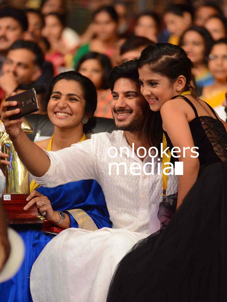 http://onlookersmedia.in/wp-content/uploads/2016/10/Kerala-State-Film-Awards-2015-stills-Photos-64.jpg