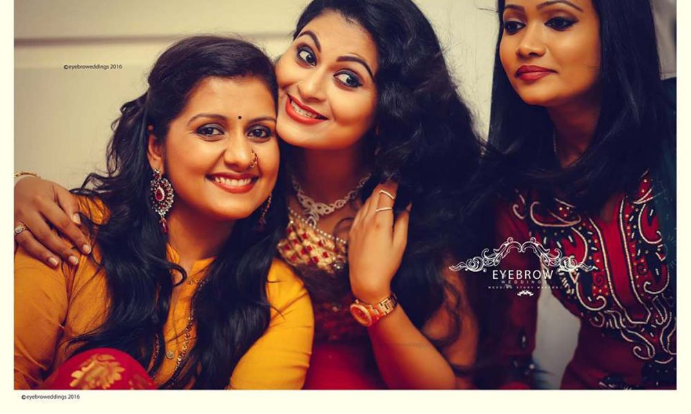 Sanal V Devan, sarayu mohan, actress sarayu wedding stills, sarayu marriage photos, sarayu mohan mehendi night