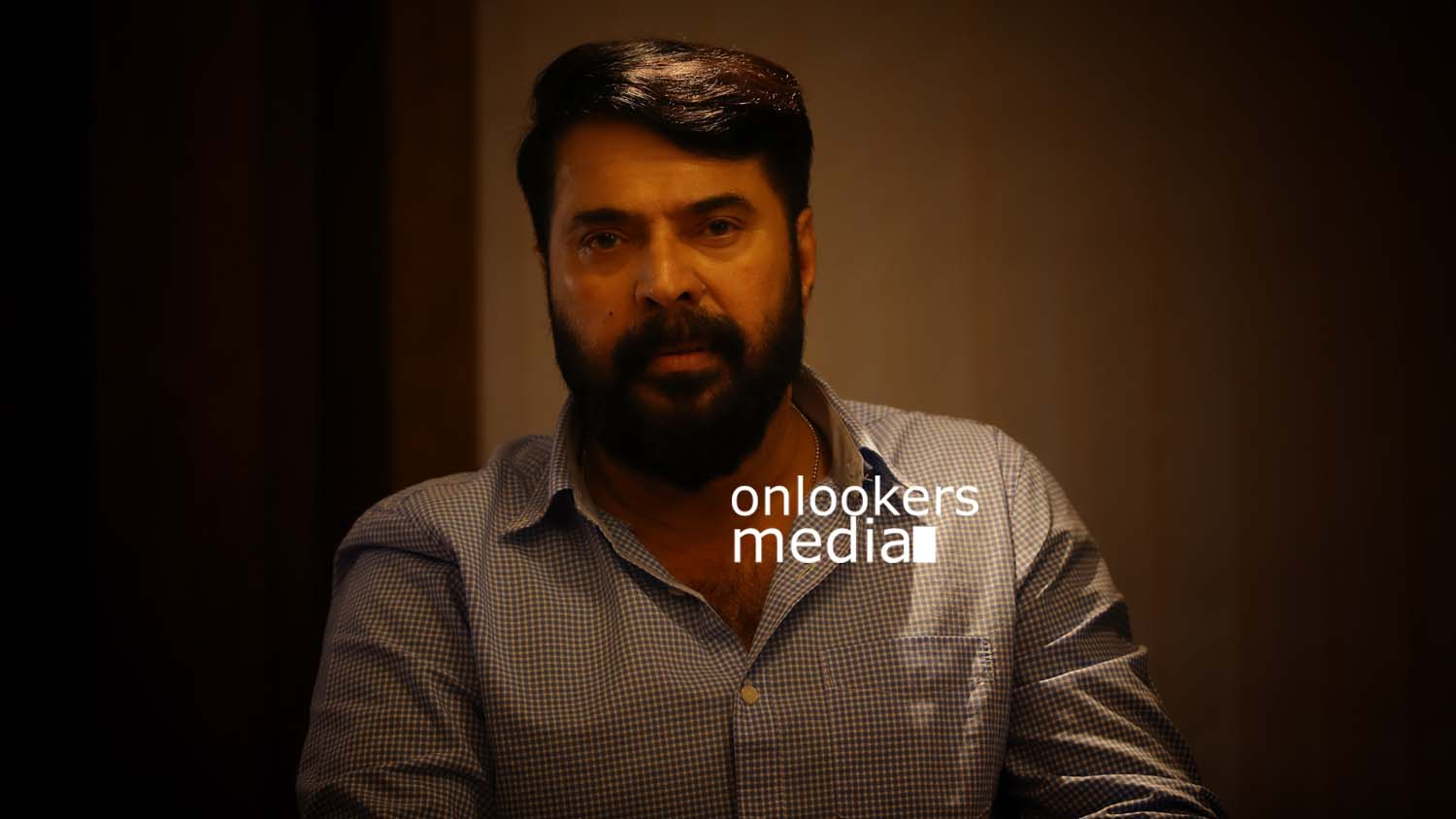 http://onlookersmedia.in/wp-content/uploads/2017/03/Mammootty-in-The-Great-Father-Stills-Photos-33.jpg