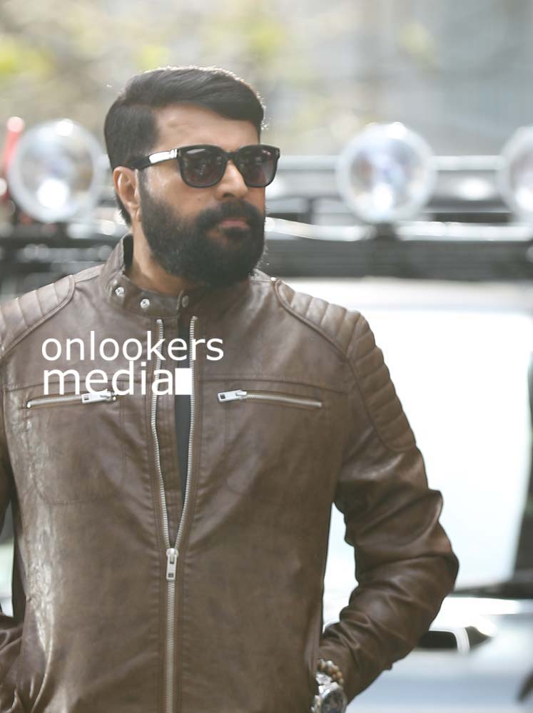 http://onlookersmedia.in/wp-content/uploads/2017/03/Mammootty-in-The-Great-Father-Stills-Photos-57.jpg