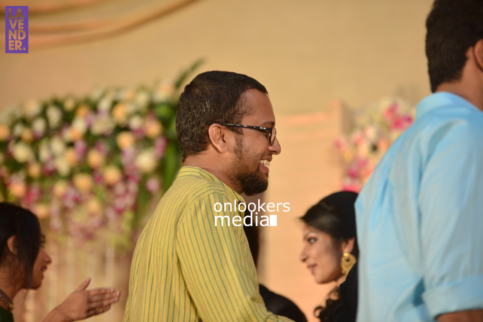 http://onlookersmedia.in/wp-content/uploads/2017/04/Dhyan-Sreenivasan-Wedding-Reception-Stills-Photo-119.jpg