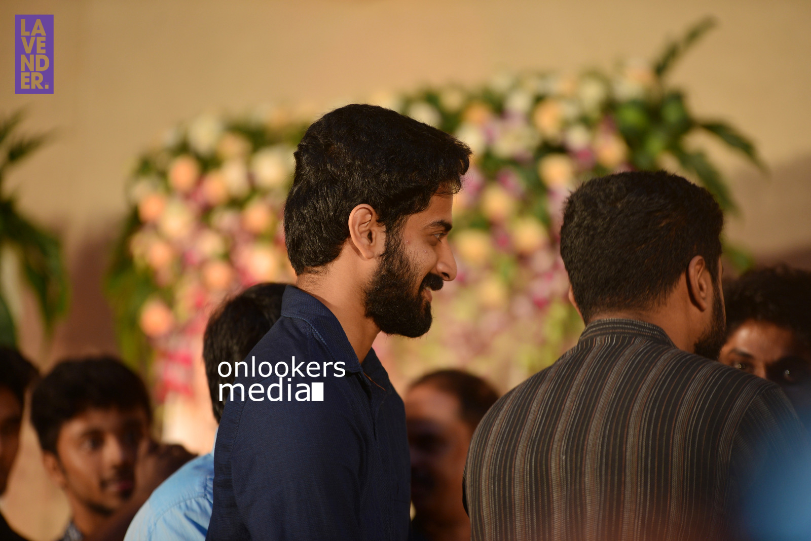 http://onlookersmedia.in/wp-content/uploads/2017/04/Dhyan-Sreenivasan-Wedding-Reception-Stills-Photo-121.jpg