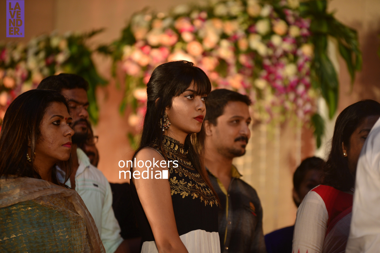 http://onlookersmedia.in/wp-content/uploads/2017/04/Dhyan-Sreenivasan-Wedding-Reception-Stills-Photo-123.jpg