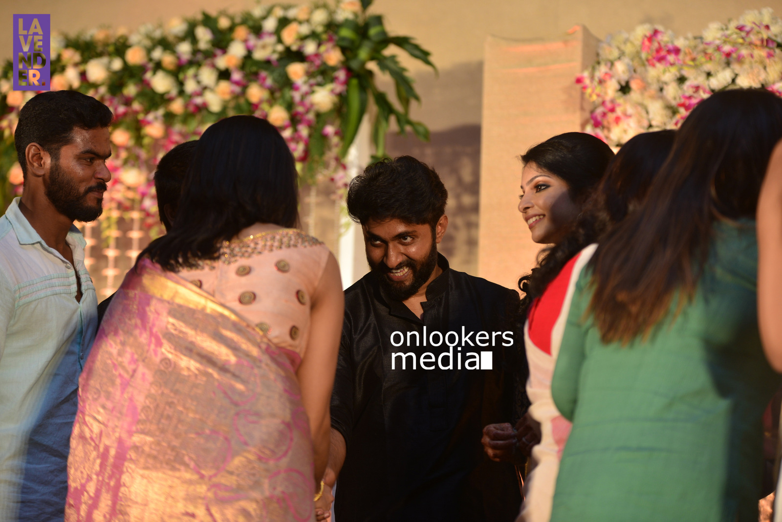 http://onlookersmedia.in/wp-content/uploads/2017/04/Dhyan-Sreenivasan-Wedding-Reception-Stills-Photo-125.jpg