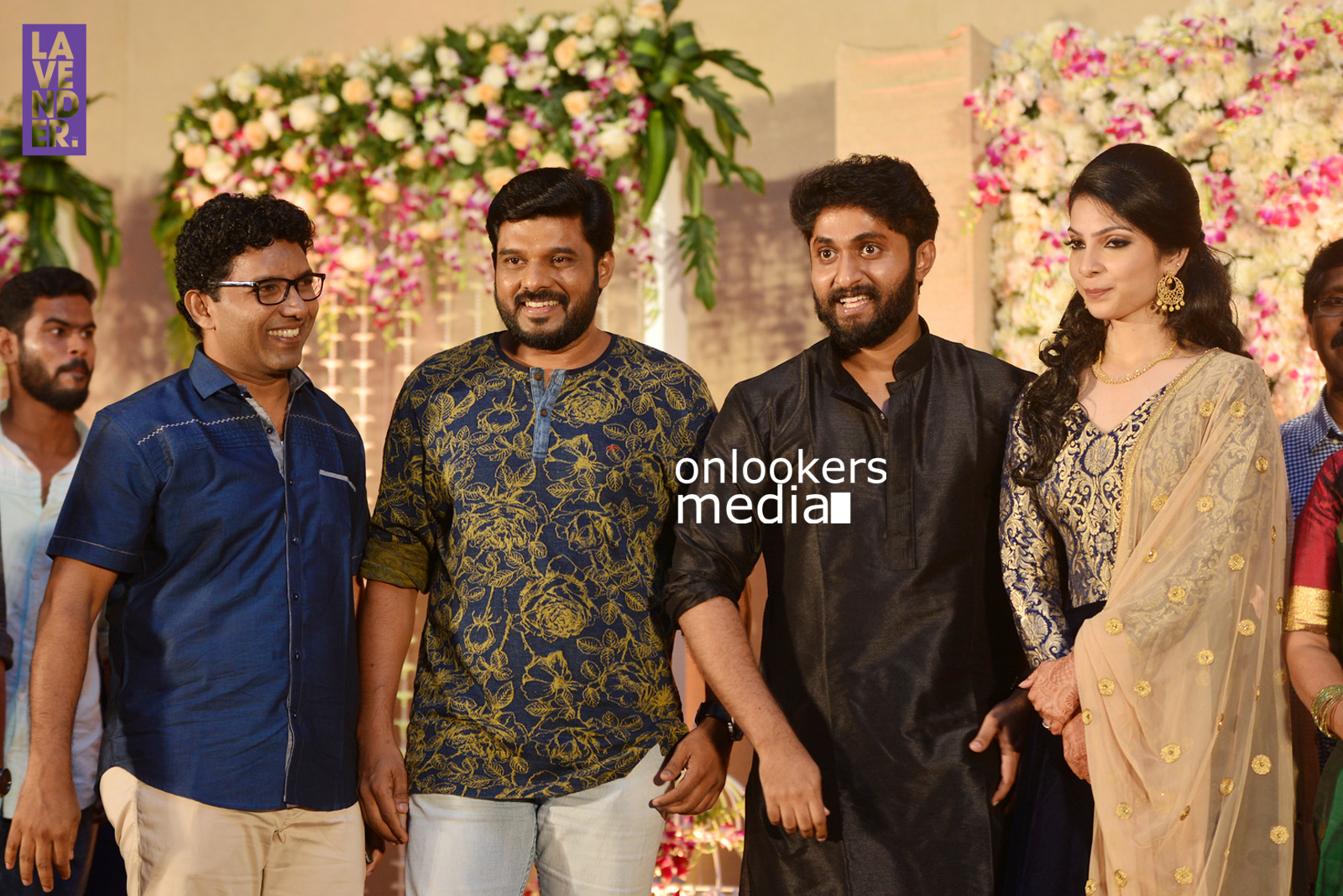 http://onlookersmedia.in/wp-content/uploads/2017/04/Dhyan-Sreenivasan-Wedding-Reception-Stills-Photo-126.jpg